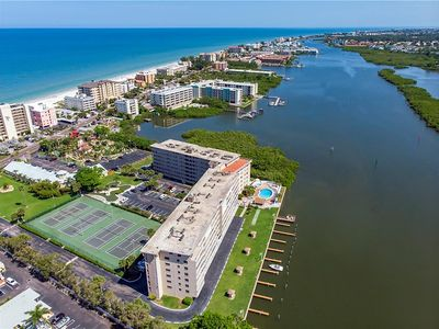 Photo for Watch the Boats Go By and Dolphins Play! NEW TO MARKET!