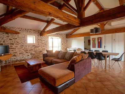 Photo for Beautiful spacious cottage, southern France, near Béziers, 10 minutes from the sea