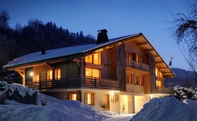 full view of the half-chalets Marvel and Marmotte
