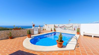 Photo for Holiday villa with panoramic views from the terrace