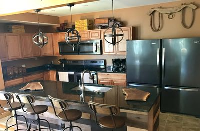 Brand new kitchen! two of EVERYTHING. Makes perfect for big groups or gatherings