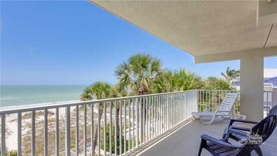 Hamilton House 205: 2 BR / 2 BA condo in Indian Rocks Beach, Sleeps 6