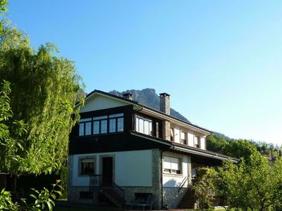 Photo for Beautiful rural house with garden and views of the Picos de Europa