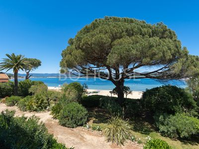 Photo for BEAUTIFUL APARTMENT FRONT BEACH 2 steps from the center of SAINT TROPEZ