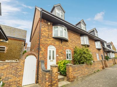 Photo for A three storey modern town house just a hop skip and a jump from the promenade