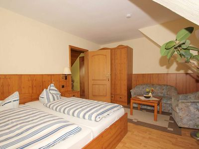 Photo for Double room 02: 20 m², 1 room, 2 persons, WL - F-1085 Pension Zum Fischer Franz in the Baltic Sea resort of Göhren