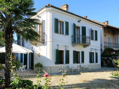 Photo for Vacation home Casa Angiolina  in Govone (CN), Piedmont - 8 persons, 4 bedrooms