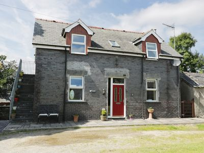 Photo for HEN STABL, character holiday cottage in Llanrwst, Ref 963403