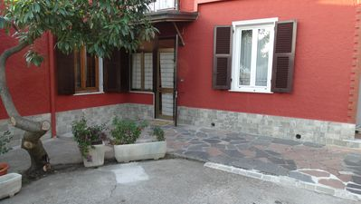 Photo for Apartment with garden in the quiet