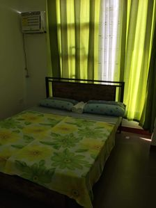 Photo for 3 bedroom townhouse with fast wifi and 8 seater SUV car optional