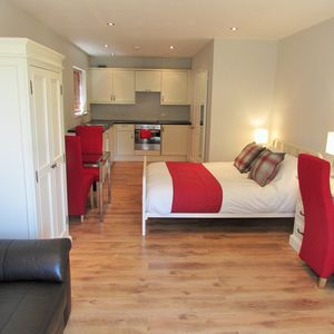 Photo for Luxury Studio Apartment for short term let near Addenbrookes and 10 minutes bus