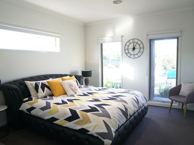 Photo for 6BR House Vacation Rental in Williams Landing, VIC