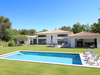 Photo for SUPERB CONTEMPORARY VILLA OF 240 m2 LUMINOUS Land 6000m2 Swimming Pool 5X12