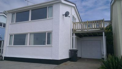 3 Bed House close to the Beach, with wonderful views over the sea.