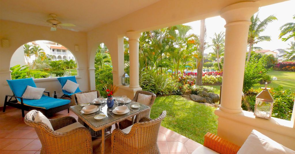 Delightful West Coast Apartment With Large Terrace Pretty Private Garden Holetown