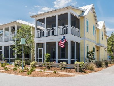 "Photo for ""All In"" ~ Crossings District ~ Newly Decorated! Packed with Amenities!"