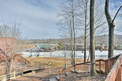 You'll love the location just a stone's throw away from Winterplace Ski Resort.