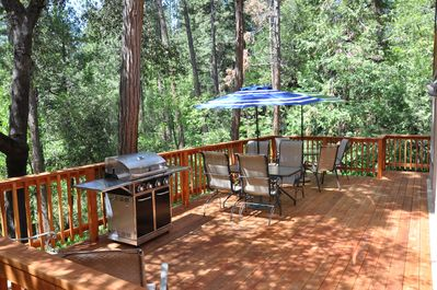 Beautiful new Redwood Deck has seating for all and brand new stainless BBQ.