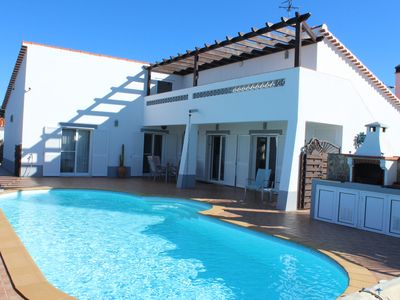 Photo for Intimacy, comfort, neat equipment, private pool and ocean view, Costa Vicentina