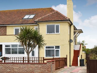 Photo for 2 bedroom accommodation in Hayling Island, near Mengham