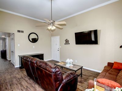 Photo for Beautiful Two Bedroom, Two Bath Old Town Scottsdale Condo