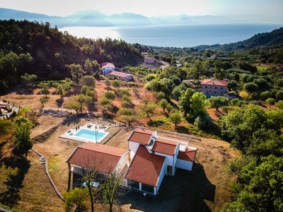 Photo for Luxury villa and guest apartment and swimming pool for 2 X 4pers with a beautiful view