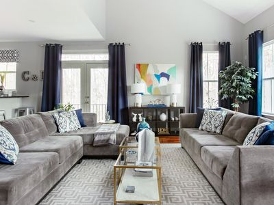Photo for Spacious beautifully decorated townhome minutes to Downtown Atlanta