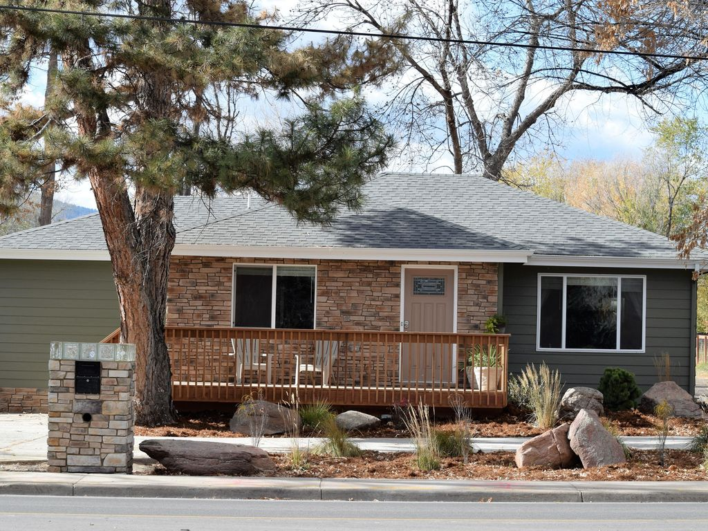 Fort collins colorado charming house close homeaway for Cabin rentals near fort collins colorado