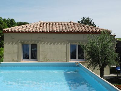 Photo for Nice new house for 2 people with swimming pool 5 minutes from Carcassonne
