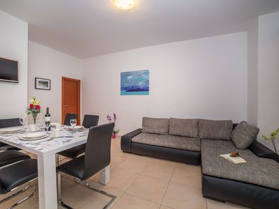 Photo for Luxury Two Bedrooms Apartment Mario A8