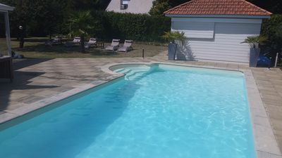 Photo for Beautiful Holiday Villa 180 m2 with swimming pool, 7 min from the beach by bike
