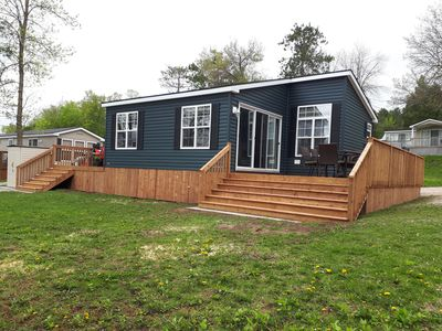 Photo for 3 Bedroom  2 bathroom Air conditioned waterfront cottage