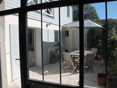 Photo for Family home for 9 people 15 minutes walk from the center of La Rochelle