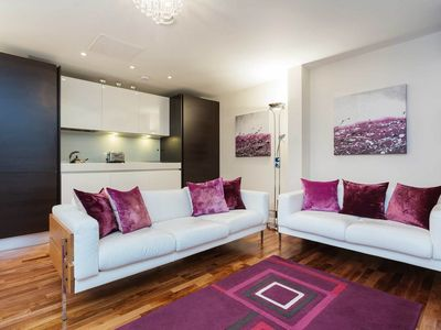Photo for Beautiful Barbican, central location, City living at its finest, sleeps 3 people