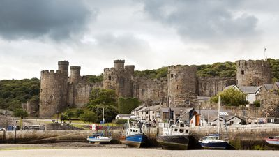 Photo for PERFECTLY LOCATED traditional townhouse within the UNESCO Heritage Site of Conwy
