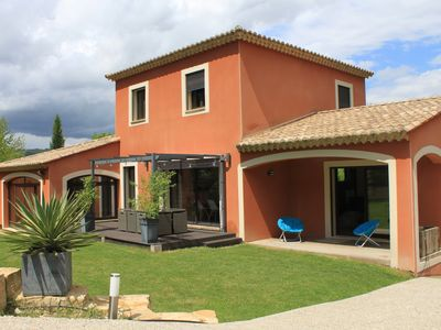 Photo for Provencal villa: 4 bedrooms and pool