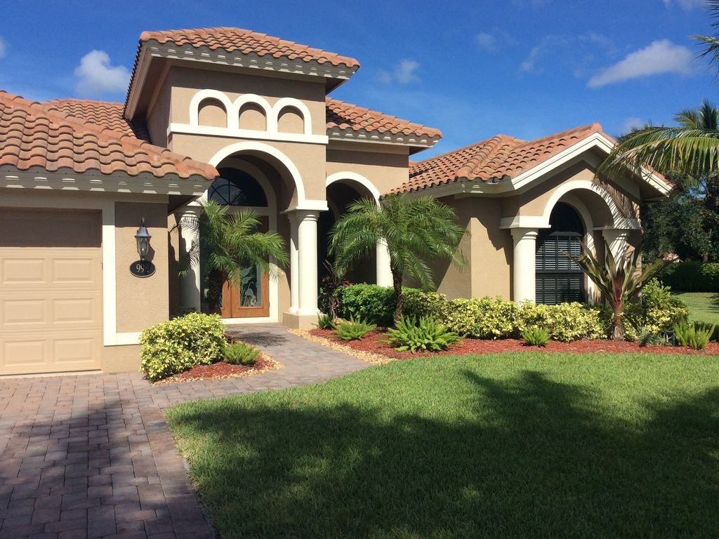 4 Bedroom Mixed Roof Home Part - 43: Beautiful 4 Bedroom Home 3 Miles To The Beaches. Mixed Florida/European  Motif!