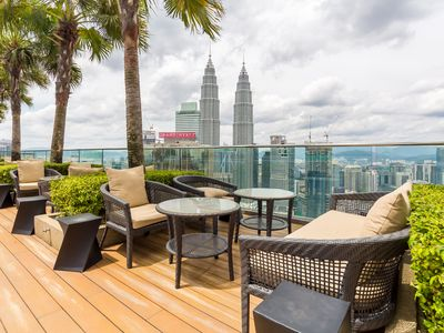 Photo for 3 minutes walking to KLCC & Pavilion, Clean & cozy 2BR for 4 pax, free wifi