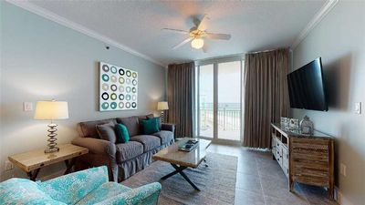 Photo for Spacious Rental with Views of the Gulf, Free Beach Service, Walk to Restaurants