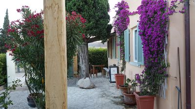 Photo for Il Lentisco cozy villa with garden few minutes from the sandy beach