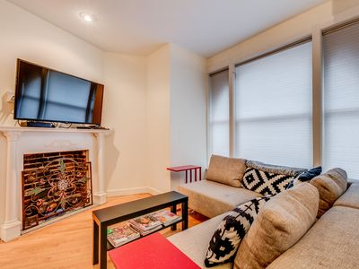 Photo for Beautiful 3 BR 3 Lvl Dupont Row home ★Jacuzzi★