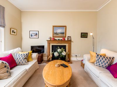 Photo for Splendid, light and spacious apartment between Fulham and Kings Rd Chelsea.