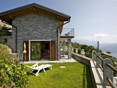 Photo for Detached 3-room house in Ticino rustic style with dream lake view