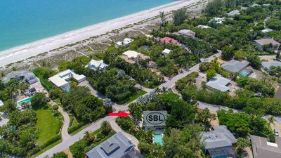 YOLO on Sanibel: Gorgeous Remodeled 2BR+Loft Pool Home Steps to Beach Access!