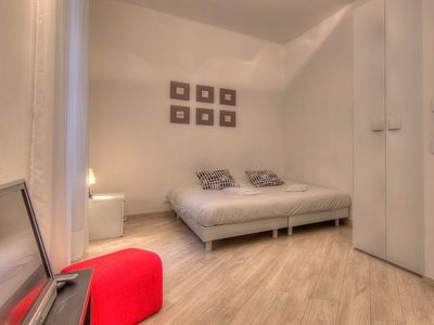 Photo for Apartment Vacation Rental in Cannes, Provence-Alpes-C??te d'Azur