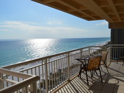 Photo for Destin Towers 12th Floor⛵ ⛵Remodeled🌞🌞Incredible Balcony View🐬🐬Stay in Style