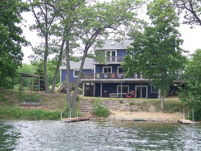 Country setting, 300' of Frontage, Sleeps 16, central air, plenty of parking