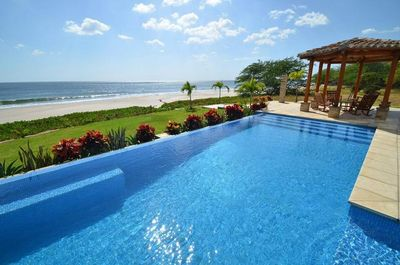 Largest private pool in Hacienda Iguana!