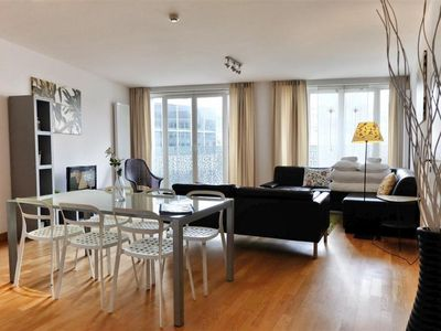 Photo for Spacious Opera 203 apartment in Brussels Centre with WiFi & lift.