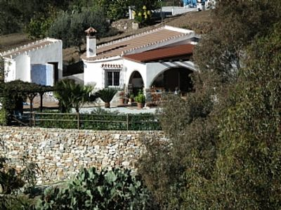 Photo for Villa With Heated Pool, AirCon, Spanish kitchen with pizza oven, free WiFi
